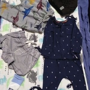 *Mom to be* boys size 0-3 m bundle
